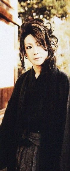"""Hiroki - D (Yes~a fuller picture of his """"風がめくる頁"""" look)"""