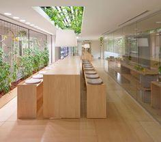 Ultimissime dall'orto: l' #orto in ufficio - Urban farm by Kono Designs, Pasona Group, Tokyo #kitchengarden