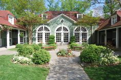 Goodstone Inn and Restaurant is a luxury and romantic country inn and French Restaurant in Middleburg, VA. Bed And Breakfast Virginia, Best Bed And Breakfast, Breakfast Ideas, Virginia Is For Lovers, French Restaurants, Romantic Restaurants, Stay The Night, B & B, Lodges