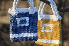 Girls Bags, Pouch, Crocheted Bags, Purses, Crafts, Crochet Purses, Handbags, Manualidades, Crochet Bags