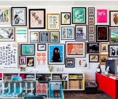 Loving this floor to ceiling gallery wall.