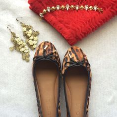 Leopard Flats These gorgeous flats are sure to keep you comfortable yet stylish while out and about!  Sole: Rubber Add style to your wardrobe with these lovely ballet flats! - Ballerina. - Petite bow detail. - Metallic trim. - Round toe. - Heel Height: 0.25 in. ALDO Shoes Flats & Loafers