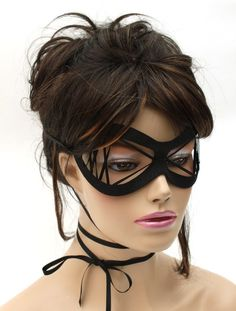 great simple black mask - but a very different look!