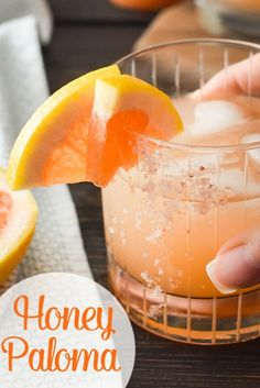The Honey Paloma is an easy and delicious tequila-based drink that's perfect to pair with all of your favorite Mexican dishes! Mexican Dishes, Mexican Food Recipes, Whole Food Recipes, Healthy Meals For One, Healthy Eating Recipes, Fixate Recipes, Easy Recipes, What Recipe, Recipe For Mom