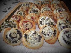 Julia's Kitchen: MELCI DIN FOIETAJ / GIRELLE DI PASTA SFOGLIA