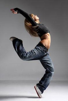 Dancers by Alexander Yakovlev, via Behance