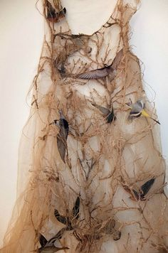 Louise Richardson Pair with some more textile art Mundo Hippie, Sculpture Textile, Design Textile, Design Art, Tauriel, Textiles, Fashion Art, Fashion Design, Fabric Manipulation