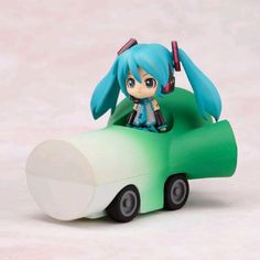 Vocaloid Hatsune Miku and her Leek Mobile chibi action figure