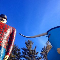 Visit Paul Bunyan and Babe the Blue Ox in Bemidji, Minnesota. Photo credit: @sbarbknecht #OnlyinMN