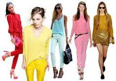 vestirse con colores monocromáticos