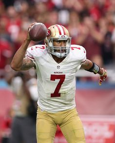 Colin Kaepernick Photos - San Francisco 49ers v Arizona Cardinals - Zimbio