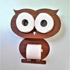 Toilet Roll Holder out of the ordinary- Porta Rotolo di Carta Igienica fuori dal comune Toilet Roll Holder out of the ordinary - Wood Projects, Woodworking Projects, Woodworking Equipment, Woodworking Books, Woodworking Machinery, Wood Crafts, Diy And Crafts, Toilet Paper Storage, Diy Furniture