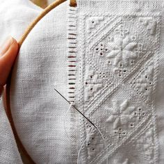 Abstract Embroidery, White Embroidery, Hand Embroidery, Cat Cross Stitches, Ethno Style, Hardanger Embroidery, Thinking Day, Bead Loom Patterns, Cutwork
