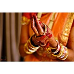 #tradition #red #indian #henna #wedding #photography #inspiration