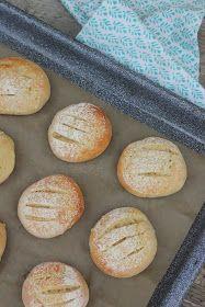 Pata porisee: Maitorahkan parasta ennen -päivä meni jo, mitä sitten? Dough Recipe, Bread Baking, Hamburger, Recipes, Baking, Burgers, Ripped Recipes, Cooking Recipes
