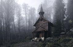 Esistono luoghi misteriosi nell'Europa centrale, luoghi fatti di foreste nebbiose e castelli infestati dagli spiriti, torrenti dalle acque magiche e boschi