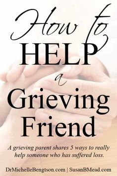 Are you wondering how to help a grieving friend? Read more for 5 ways to help a grieving friend including what to say, how to act, what to take and how to truly help someone who is grieving. Grieving Friend, Grieving Quotes, How To Comfort Someone, Dealing With Grief, Stages Of Grief, Supportive Friends, Grief Support, Grief Loss, Loss Quotes