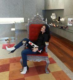 @LilyHerrera5 en nuestra tienda de Madrid con botín #livorno