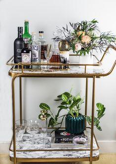 Cocktail, Photography & Bar Cart Styling Class with Craft & Cocktails Home Bar Decor, Bar Cart Decor, Bar Cart Styling, Tray Decor, Bar Trolley, Drinks Trolley, Cocktail Trolley, Drink Cart, Gold Bar Cart