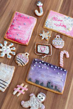 Rezept für Honiglebkuchen als essbare Weihnachtspost // Zeigt her eure Kekse! My Favorite Food, Favorite Recipes, My Favorite Things, Poster, German, Sugar, Cookies, Desserts, Christmas