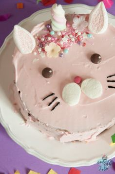Caticorn Cake - The magic cat conquers all hearts - DIY Food: Backen & Süßes - Kuchen Apple Smoothies, Salty Cake, Food Cakes, Savoury Cake, Mini Cakes, Clean Eating Snacks, Diy Food, Cake Designs, Cake Recipes