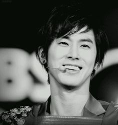 Jung Yunho's smile is tge brightest!