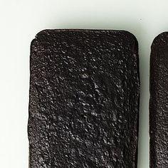 chocolate sheet cakes Chocolate Cream Cheese, Chocolate Sprinkles, Chocolate Frosting, Chocolate Flavors, White Sheet Cakes, Vanilla Sheet Cakes, Vanilla Paste, Milk Cake, Sheet Cake Recipes
