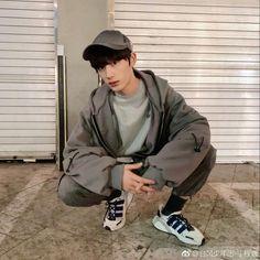 Raincoat Jacket, Rain Jacket, Bomber Jacket, Korean Boys Ulzzang, Ulzzang Korea, Ulzzang Boy, Cute Asian Guys, Cute Korean Boys, Toddler Girls
