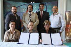 Firma de Alianza y acuerdo de entendimiento (MOU) con la Cámara de Comercio Puertorriqueña en Florida.