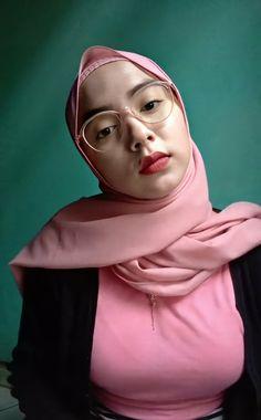 Hijab Chic, Hijab Fashion, Model, Sexy, Beauty, Style, Places, Kisses, Beleza