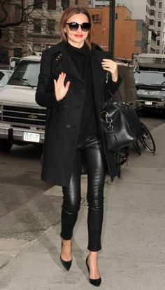 Miranda Kerr, all black, chic