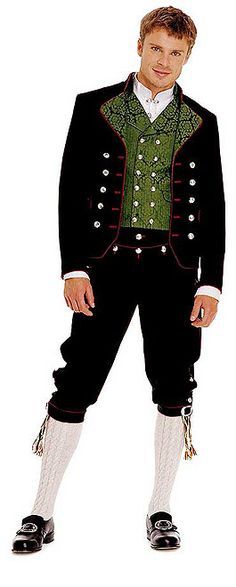 Men's bunad from Rogaland, Norway. National outfit, each area has their own variation. Folk Costume, Costumes, Norwegian Clothing, Costume Ethnique, Norwegian Style, Beautiful Norway, People Of The World, Traditional Dresses, Traditional Fashion