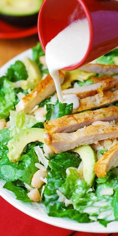 Chicken Caesar Salad with Cannellini Beans and Avocado – healthy, gluten free salad. The salad is rich in natural fats, fiber, protein, and makes a great lunch or dinner! Cannellini beans (or any white beans) Chicken Lunch Recipes, Beef Recipes, Salad Recipes, Dinner Recipes, Cooking Recipes, Healthy Recipes, Clean Eating, Healthy Eating, Chicken Caesar Salad