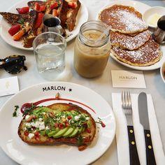 Best avocado toast at Marlon Paris. Brunch time.