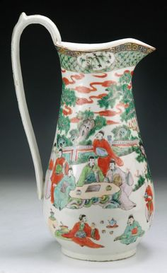 A Chinese Antique Famille Verte Porcelain Pitcher of early Qing Dynasty