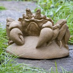 Campania International Old Crabby The Crustasion Cast Stone Garden Statue
