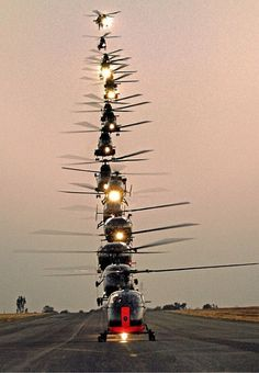 Stacked helicopters at 17 Squadron AFB, Swartkop, South Africa Scary! Stacked helicopters at 17 Squadron AFB, Swartkop, South Africa Attack Helicopter, Military Helicopter, Military Aircraft, Jet Privé, South African Air Force, F22 Raptor, Amazing Photography, Fighter Jets, Cool Stuff