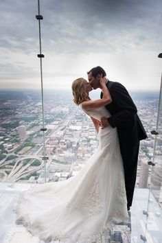 Beautiful Chicago photo! Photography By / http://stacyable.com,Floral Design By / http://wallflowerdesigns.org