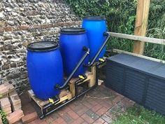 Here are one or two pictures of filter builds that people that have sent me when building my filters. They show how easy it is to build a DIY filter. Pond Filter Diy, Pond Filters, Backyard Aquaponics, Ponds Backyard, Raised Pond, Pond Construction, Small Japanese Garden, Diy Pond, Natural Swimming Pools