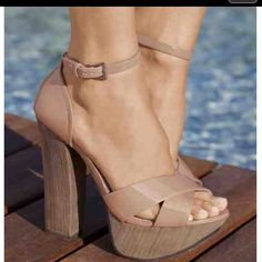 Cute! Chunky heeled sandals for Summer! #women's #shoes #heels