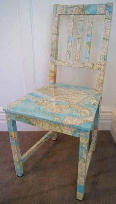 DIY 2 TRY - Decoupage chair w/ map or dictionary. (Wouldn't doing this with old book pages be perfect for the chair at my writing desk? Painted Chairs, Painted Furniture, Furniture Makeover, Diy Furniture, Antique Furniture, Modern Furniture, Decoupage Chair, Map Crafts, Diy Casa