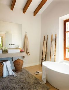 gorgeous rustic chic bathrooms