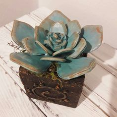 Fussinglue Cactus, Decorative Boxes, Glass, Home Decor, Templates, Glass Garden, Christmas Table Centerpieces, Christmas Tables, Bud Vases