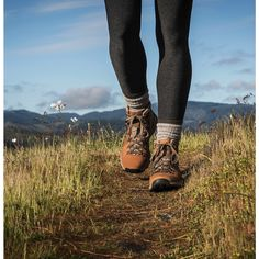 Women's Mountain 600 Rich Brown - The Best Hiking fashion images, clothes,boats, hats Trail Shoes, Hiking Shoes, Hiking Clothes, Camping Clothes For Women, Infinity Ring, Climbing Outfits, Yellow Boots, Hiking Fashion, Hiking Boots Women