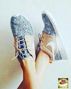 more photos 448d5 e4923 Nike Schuhe, Schöne Schuhe, Flache Schuhe, Sportschuhe, Socken, Turnschuhe,  Anziehen