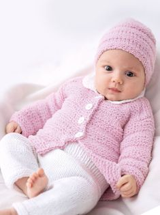 Our social Trends Baby Hats Knitting, Knitting For Kids, Baby Knitting Patterns, Free Knitting, Knitted Hats, Crochet Patterns, Baby Cardigan, Men And Babies, Baby Girl Sweaters
