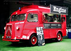 Yeah, alte Citroen Feuerwehr als Food Truck – Hoppala Yarim Yaz Geldi Restaurant Citroen Van, Citroen Type H, Coffee Food Truck, Catering Van, Mobile Food Trucks, Mobile Cafe, Food Vans, Meals On Wheels, Food Truck Design