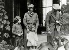 Princess Elizabeth and Princess Margaret with their uncle Prince Edward, later King Edward VIII and Duke of Windsor, and their father Prince Albert, later King George VI Princess Elizabeth, Princess Margaret, Queen Elizabeth Ii, Queen Mother, Queen Mary, Edward Windsor, King's Speech, Margaret Rose, Edward Viii