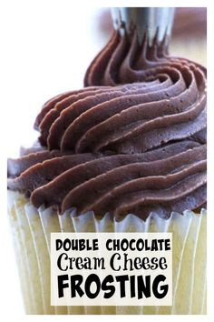 This chocolate cream cheese frosting has a double dose of chocolate. It is smooth and creamy and it pipes easily. A creamy, smooth chocolate cream cheese frosting with a double dose of chocolate. This frosting pipes well and tastes delicious. Homemade Frosting, Frosting Recipes, Cupcake Recipes, Dessert Recipes, Icing Tips, Mini Cakes, Cupcake Cakes, Poke Cakes, Layer Cakes