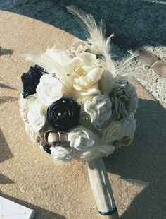 Crochet and satin flowers bouquet